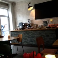 Das Foto wurde bei KaffeeBar von SIGA am 2/15/2012 aufgenommen