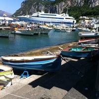 Foto scattata a Porto Turistico di Capri da Michelle B. il 7/6/2012