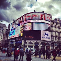 Photo taken at Piccadilly Circus by Vittorio on 4/29/2012