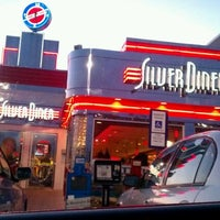 Photo taken at Silver Diner by Michael-Alan G. on 3/4/2012