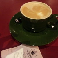 Photo taken at Pacific Coffee Company by Kuan Hoong on 8/20/2012