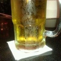 Foto tomada en La Parrilla Mexican Restaurant por Elisha T. el 2/22/2012