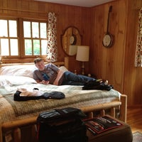 Photo taken at Blue Waters Mountain Lodge by Sue N. on 5/4/2012