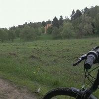Das Foto wurde bei Ватутинский лес von Tatiana O. am 5/13/2012 aufgenommen