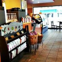 Photo taken at Starbucks by Simla Z. on 8/20/2012