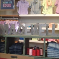 Photo taken at Madewell by favthingsatl on 5/6/2012