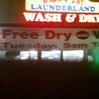 Photo taken at Wash & Dry Launderland by Agent914 on 8/29/2012