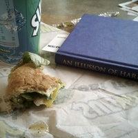 8/22/2012 tarihinde Josh H.ziyaretçi tarafından Subway'de çekilen fotoğraf