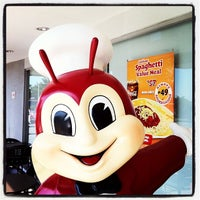 Photo taken at Jollibee by Patty L. on 6/9/2012