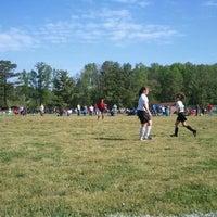 รูปภาพถ่ายที่ Shaffner Park โดย Wendy W. เมื่อ 4/14/2012