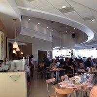 Foto tomada en Madero Restaurant-Café por Norma L. el 5/30/2012