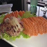Photo taken at Keeki Restaurante Japonês by Larissa M. on 2/25/2012