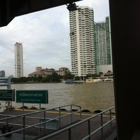 Photo taken at Sathorn (Taksin) Pier (CEN) by Auni Z. on 8/7/2012