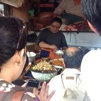 Photo taken at Nasi Bali Men Weti by Eko S. on 7/16/2012