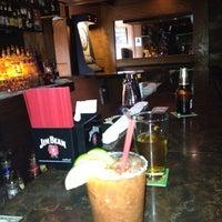 3/24/2012にSissi G.がLancers Cocktail Loungeで撮った写真