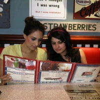 Photo taken at Bob's Easy Diner by Zaiena H. on 2/4/2012