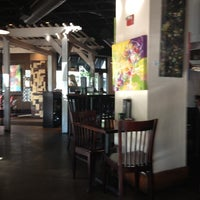 Photo taken at Dexter's of Winter Park by Jessie S. on 3/17/2012