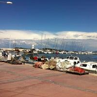 5/19/2012 tarihinde Emre S.ziyaretçi tarafından Sahil Restaurant'de çekilen fotoğraf