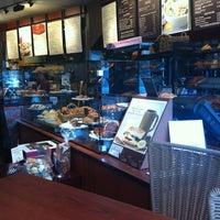 Foto tomada en Panera Bread por Collin B. el 2/21/2012