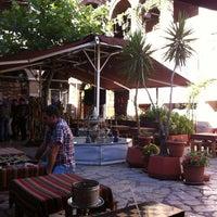 Photo prise au Taşhan Historical Bazaar par Mustafa Y. le8/25/2012