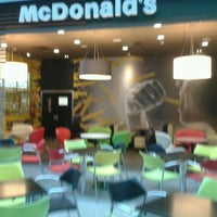 Photo taken at McDonald's by Pepe G. on 4/14/2012