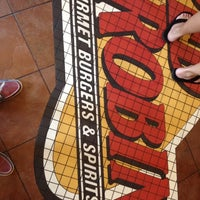 Photo taken at Red Robin Gourmet Burgers by Alexander T. on 9/1/2012