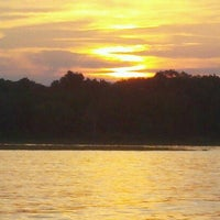 Photo taken at Barren River Lake State Resort Park by Geo A. on 7/8/2012