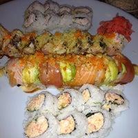 Снимок сделан в Hana Japanese Restaurant пользователем Dane M. 8/9/2012