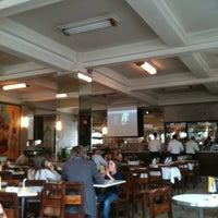 Foto tirada no(a) Café Guarany por Hugo A. em 6/10/2012