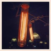 Снимок сделан в Podnah's Pit BBQ пользователем Justin M. 2/19/2012