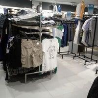 Photo taken at H&M by Der Brüsseler on 5/22/2012