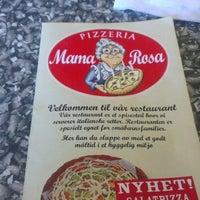 Photo taken at Pizzeria Mama Rosa by Bjørn-Eivind N. on 6/25/2012