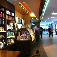 Photo taken at 星巴克 Starbucks by Michael H. on 4/1/2012