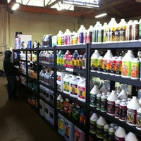 Photo taken at Portland Hydroponics and Organics by Marketing G. on 8/16/2012