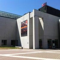 Photo taken at Musée d'art contemporain de Montréal (MAC) by David G. on 4/29/2012