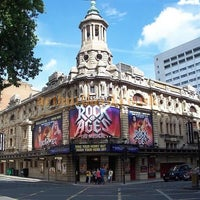 Photo taken at Shaftesbury Theatre by Sheldon D. on 7/6/2012