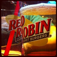Photo taken at Red Robin Gourmet Burgers by Dan M. on 2/10/2012