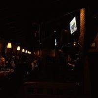 Das Foto wurde bei Oswego Grill von Mark T. am 2/28/2012 aufgenommen