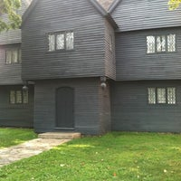 Das Foto wurde bei Witch House von John B am 8/25/2012 aufgenommen