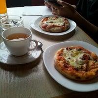 Снимок сделан в Пицца Оллис пользователем Анжелика П. 4/4/2012