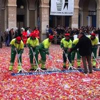 Foto tomada en Plaça de la Vila por Koldo C. el 2/19/2012