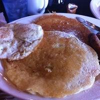Photo taken at Heart & Soul Cafe by Scott T. on 9/1/2012