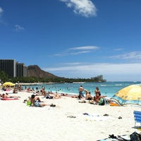 Photo taken at Duke's Waikiki by Jon B. on 8/5/2012