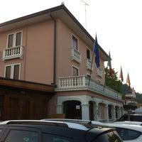Foto scattata a Hotel Ristorante Alla Corte da Jordi M. il 5/12/2012