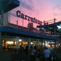 Photo taken at Carrefour by Rudi H. on 3/25/2012