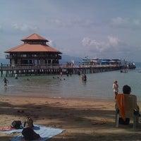 Photo taken at เกาะหวายบีชรีสอร์ท KOH WAI Beach Resort by Chaipisith N. on 3/5/2012