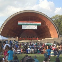Photo taken at DCR Hatch Memorial Shell by Simon Λ. on 8/12/2012
