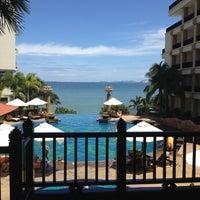Photo taken at Garden Cliff Resort & Spa by Auun P. on 8/16/2012