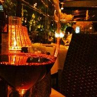 3/6/2012 tarihinde Alex R.ziyaretçi tarafından Morton's The Steakhouse'de çekilen fotoğraf