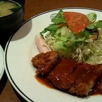 รูปภาพถ่ายที่ 洋食の赤ちゃん โดย Yu Y. เมื่อ 3/11/2012